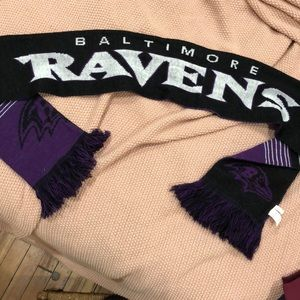 Accessories - Reversible Baltimore Ravens NFL Scarf